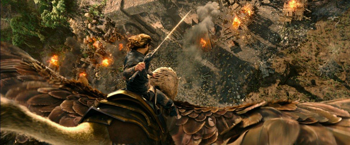 Warcraft: The Beginning'den Beklenen Fragman Yayınlandı!