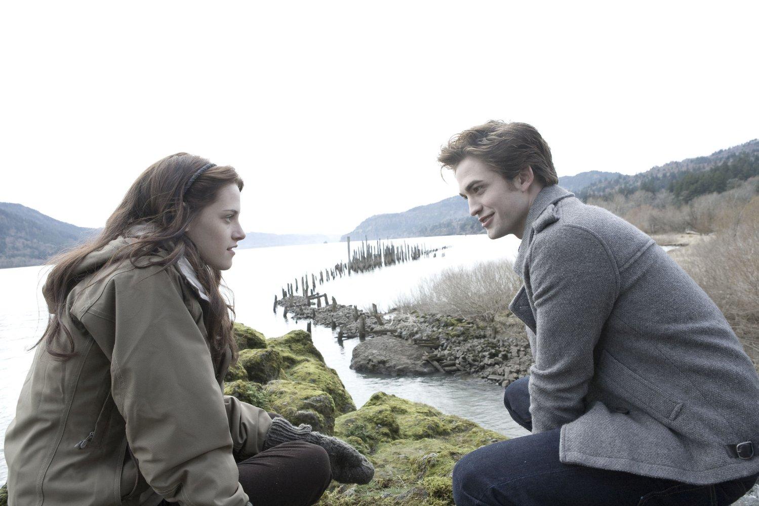 Alacakaranlık/Twilight – Isabella ve Edward'ın Çekiciliği (2008)