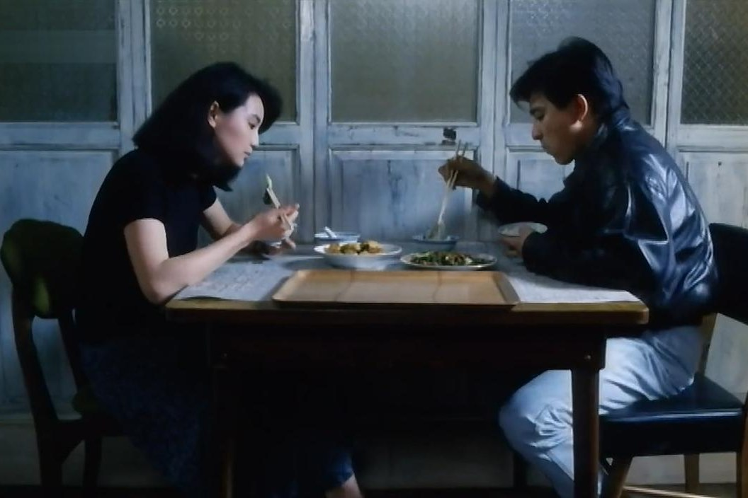 As Tears Go By (1988): Jarmusch Esintili İlk Wong Filmi