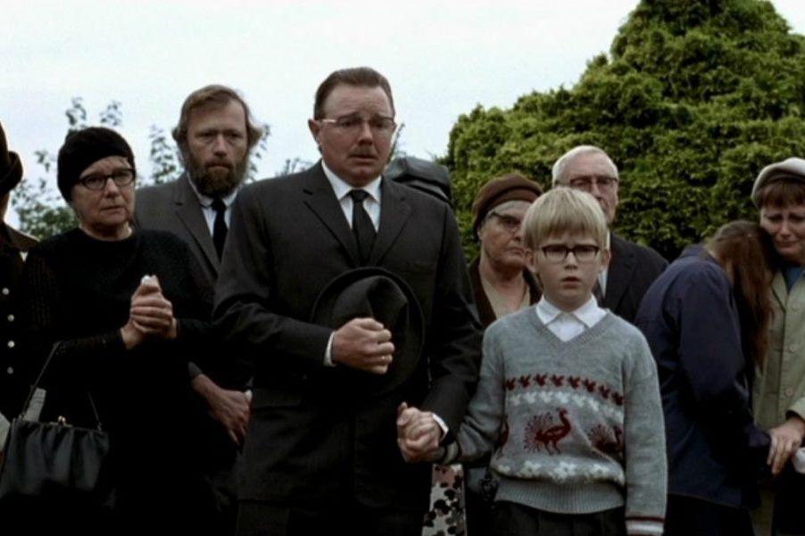 Kunsten at græde i kor (2006): Acıklı Canavar