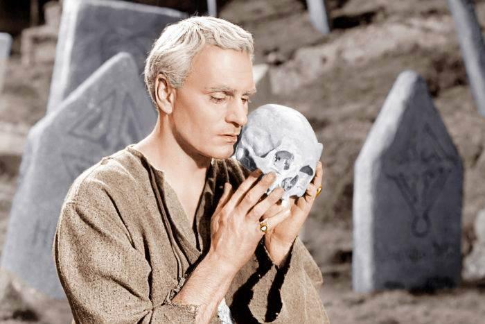 Hamlet (1948): İntikam Sancısı