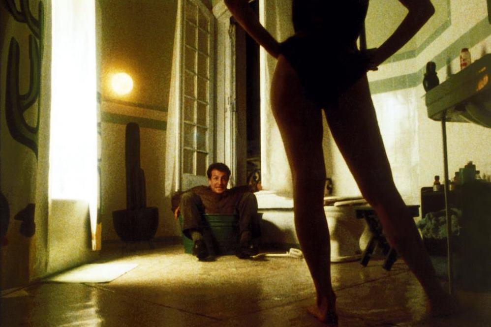 "Sólo con tu pareja (1991): ""Tómas Tüm Kadınları Sever"""