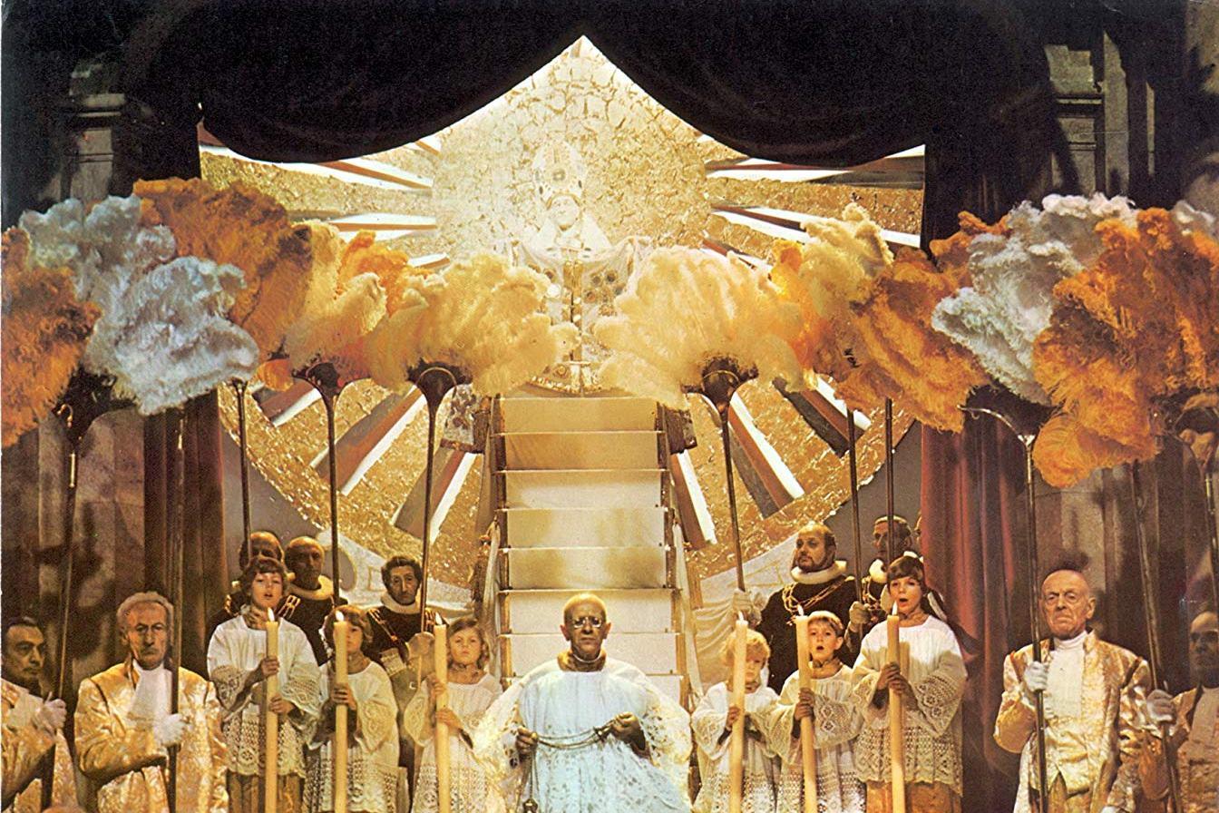 Roma (1972): Kontrast İmajlar Karnavalı