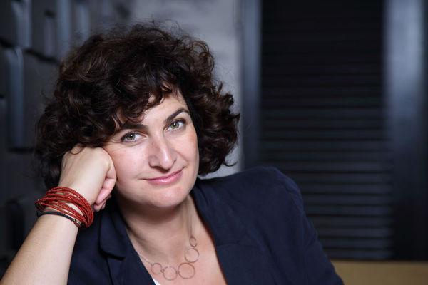 Pelin Esmer Sineması: Duran, Kuşa Bakan, Onu Hisseden Bir Kadın