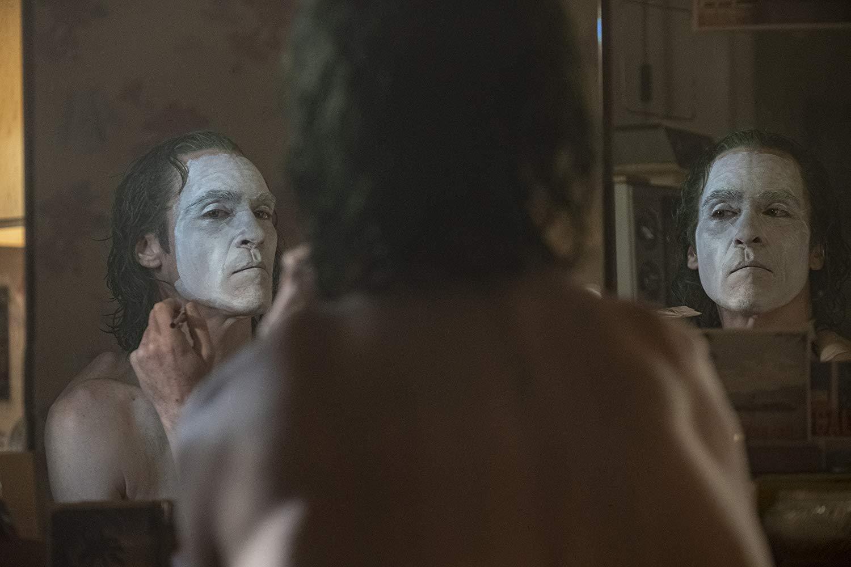 """Joker (2019): """"Sizce Her Şey Zıvanadan Çıkmadı mı?"""""""