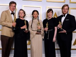 2604_20210426040856_us_entertainment_film_oscars_award_celebrity_afp_98r3un